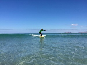 Surf lessons beginner