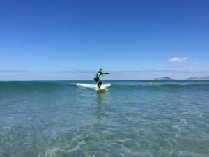 Surf lessons beginner